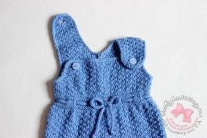 Комплект для новорожденного малыша спицами