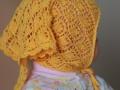Ажурная косынка для девочки спицами.