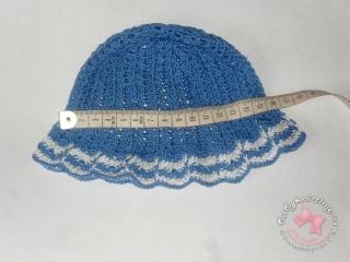 Панамка, связанная крючком в морском стиле для новорожденной малышки.